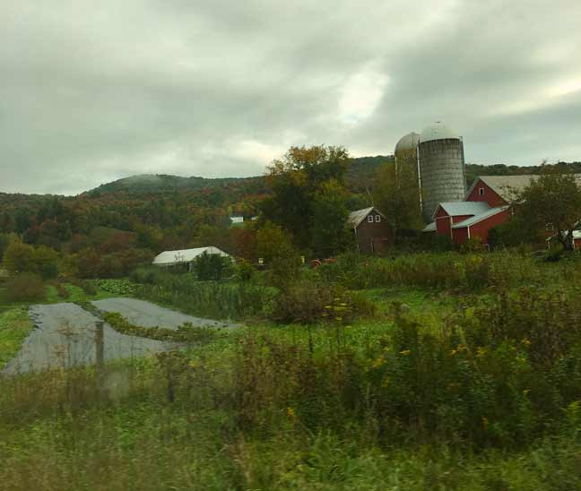 Fall colors and a red barn in Jeffersonville vermont