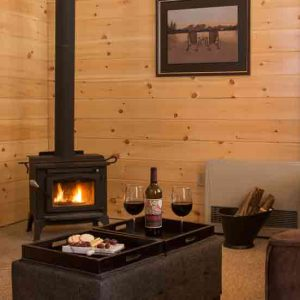 1 bedroom log cabin with woodstove