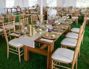 wedding-tent-interior-with-farm-table-set-up