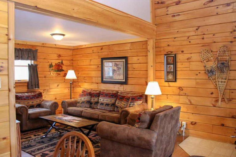 Wilderness Cabin living room   Sterling Ridge Resort