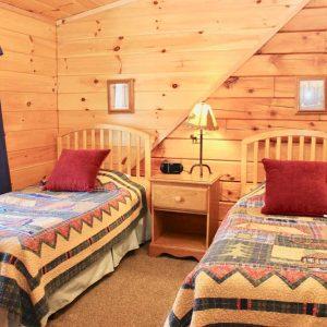 wilderness cabin twins bedroom