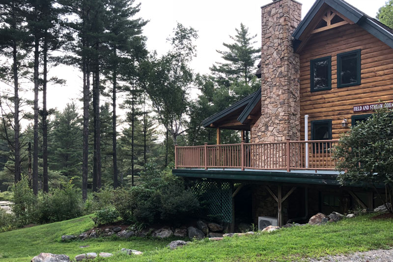 field and stream cabin in vermont | sterling ridge resort