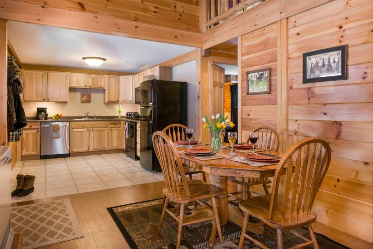 Wilderness Cabin with kitchen and dining area   Sterling Ridge Log Cabin Resort